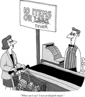 kasjer i klient przy kasie